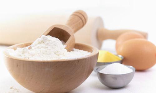 tẩy lông bằng trứng gà, giấm và bột mì