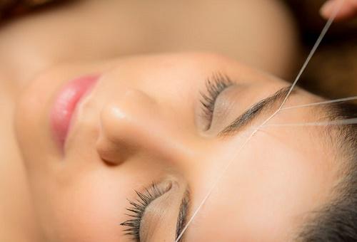 cách tẩy lông vùng mặt
