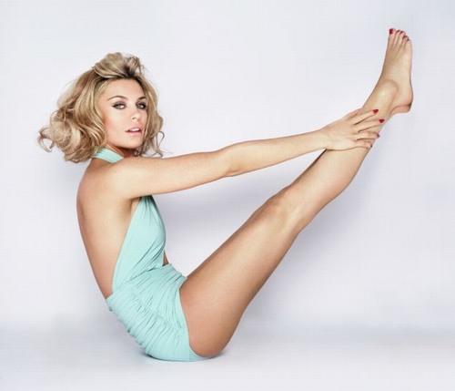 Đôi chân nuột nà giúp phái đẹp tự tin diện đồ ngắn hay sexy