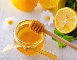 Cách chữa viêm nang lông hiệu quả từ chanh và mật ong