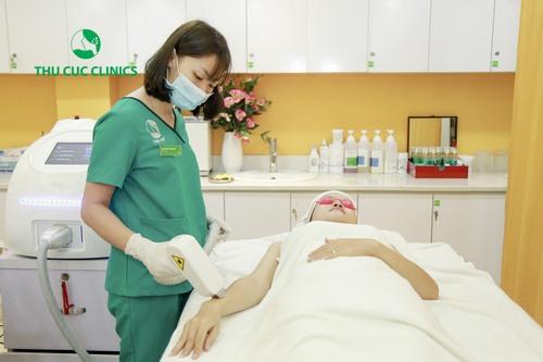 Toàn bộ quá trình triệt lông bằng công nghệ Laser Diode ở Thu Cúc Clinics diễn ra rất nhẹ nhàng, nhanh chóng, không đau