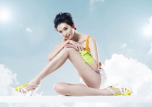 Sự xuất hiện của vi-ô-lông xấu xí trên da chân là trở ngại rất lớn khiến chị em kém hấp dẫn trong mắt người khác.