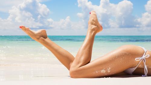 Bí quyết tẩy lông chân tiết kiệm chi phí
