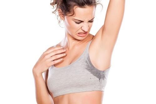 Việc áp dụng các biện pháp triệt lông này hàng ngày sẽ gây giãn nở lỗ chân lông, kích thích hình thành tuyến mồ hôi cơ thể