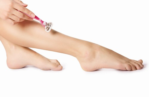 Một nghiên cứu gần đây đã chỉ ra rằng 80% phụ nữ đã từng cạo lông chân ít nhất 1 lần trong đời.