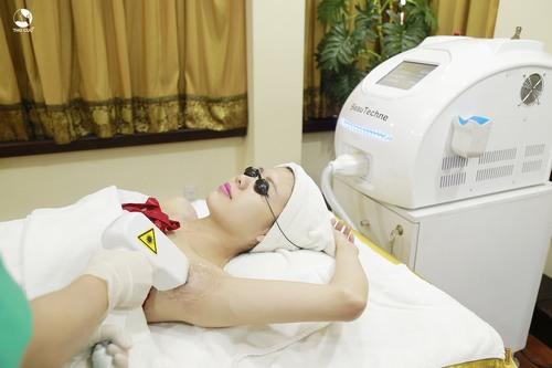 Công nghệ triệt lông mà Thu Cúc Clinics sử dụng là Laser Diode được chuyển giao trực tiếp từ Hoa Kỳ và đã được FDA chứng nhận hiệu quả, an toàn.