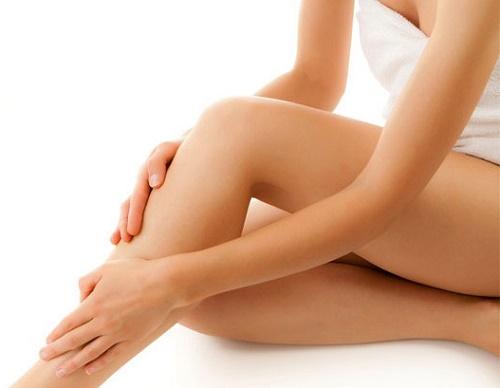 Cách tẩy lông chân hiệu quả mà không lo ảnh hưởng đến da
