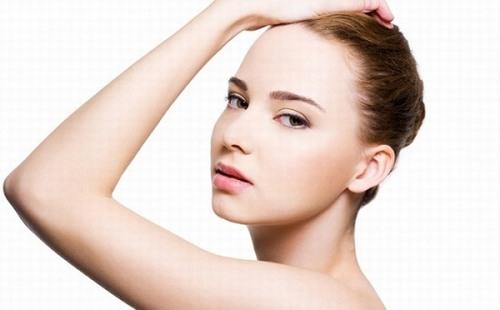 Tiết lộ 3 cách làm rụng lông tay cực sạch