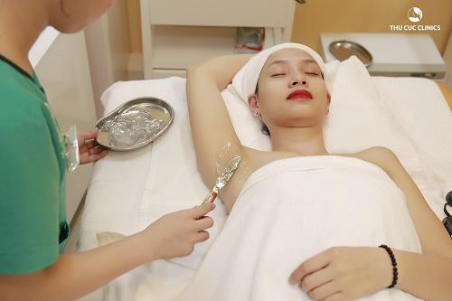 Triệt lông nách bằng Diode Laser có làm thâm da không?