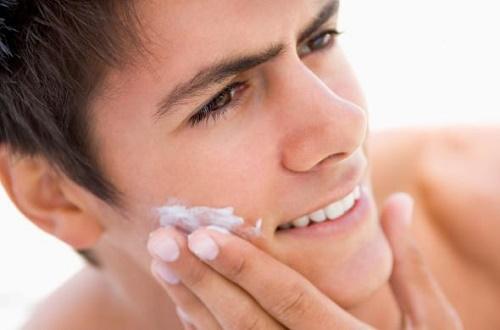Tư vấn cách triệt lông râu cho nam giới bằng nguyên liệu tự nhiên được đông đảo cánh mày râu ưa chuộng.