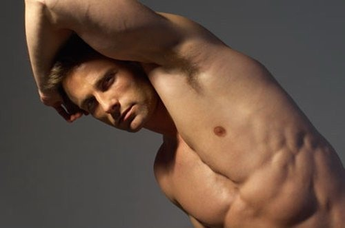 Những quan niệm về tẩy lông cho nam giới mà bạn cần biết 2