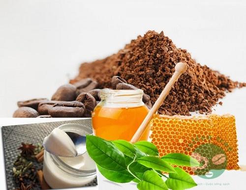 Trị viêm chân lông bằng cà phê: dùng bã cafe trị viêm nang lông