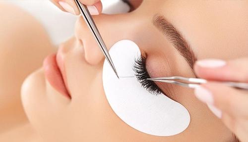 Cách lấy lông mi ra khỏi mắt hiệu quả 1