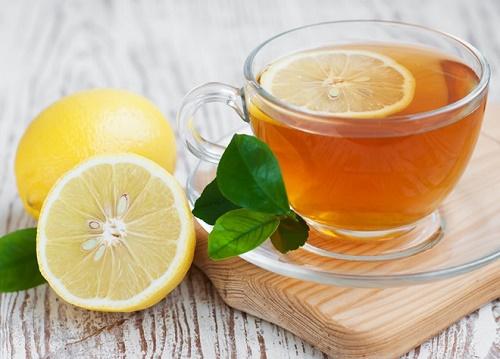 Hỗn hợp chanh và mật ong cung cấp dưỡng chất, nuôi dưỡng làn da khỏe mạnh và tươi sáng.