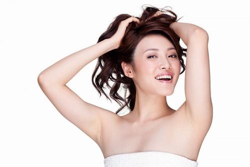 Tẩy lông nách có giúp hết mồ hôi nách không 3