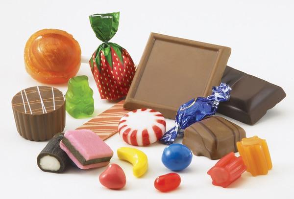 Do đó bạn hãy có 1 chế độ ăn điều độ, không ăn quá nhiều hay thường xuyên bỏ bữa, hạn chế đồ ngọt