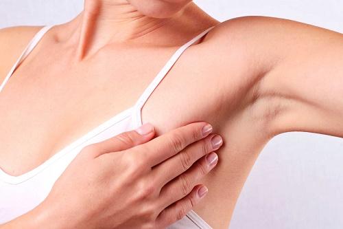Tại sao lông nách bị nấm và cách chữa trị 1