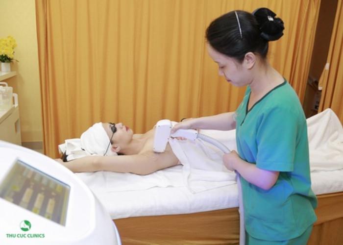 Triệt lông nách bằng công nghệ Laser DiodetạiThu Cúc Clinics