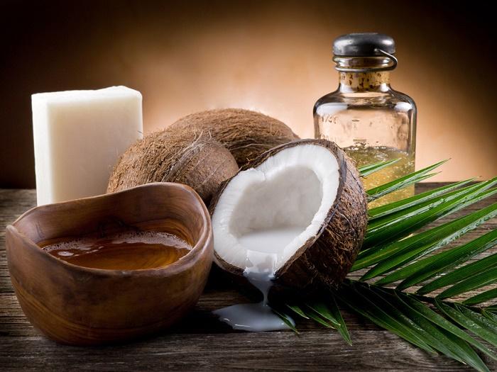 Trị viêm nang lông vùng kín bằng dầu dừa 1