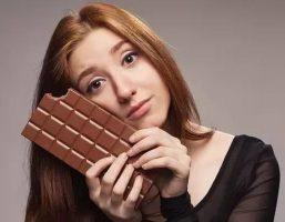 """Team """"hảo ngọt"""" thắc mắc: Ăn sôcôla có béo không?"""